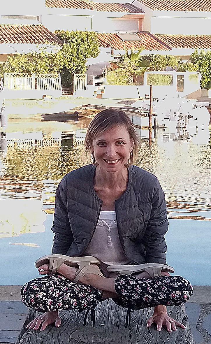 Elena, prof de yoga
